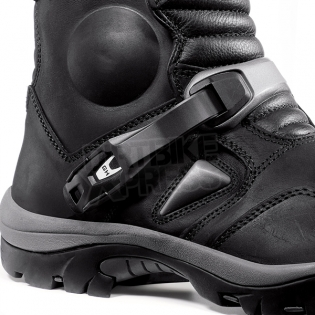 Forma Adventure Boots - Black Image 2