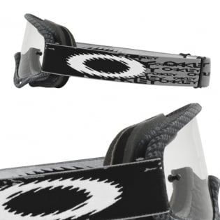 Oakley Kids XS O Frame Goggles - True Carbon Image 3