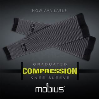 Mobius Graduated Compression Knee Brace Sleeves Image 3