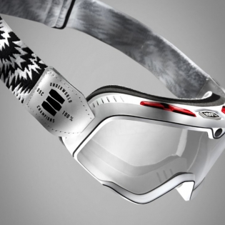 100% Barstow Classic Goggles - Death Spray Silver Lens Image 3