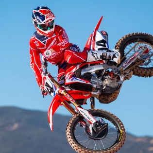Troy Lee Designs SE Air Kit Combo - Metric Red Navy Image 4