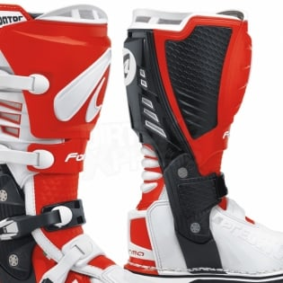Forma Predator White Red Boots Image 4