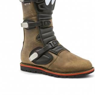 Forma Boulder Dry Trials Boots - Brown  Image 3